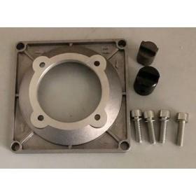 Kit de montage entre pompe à engrenage et moteur électrique